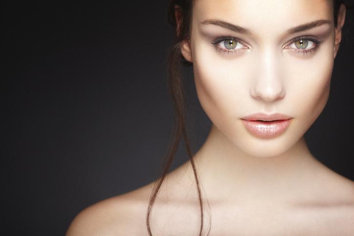 Beautiful Skin with DiamondGlow